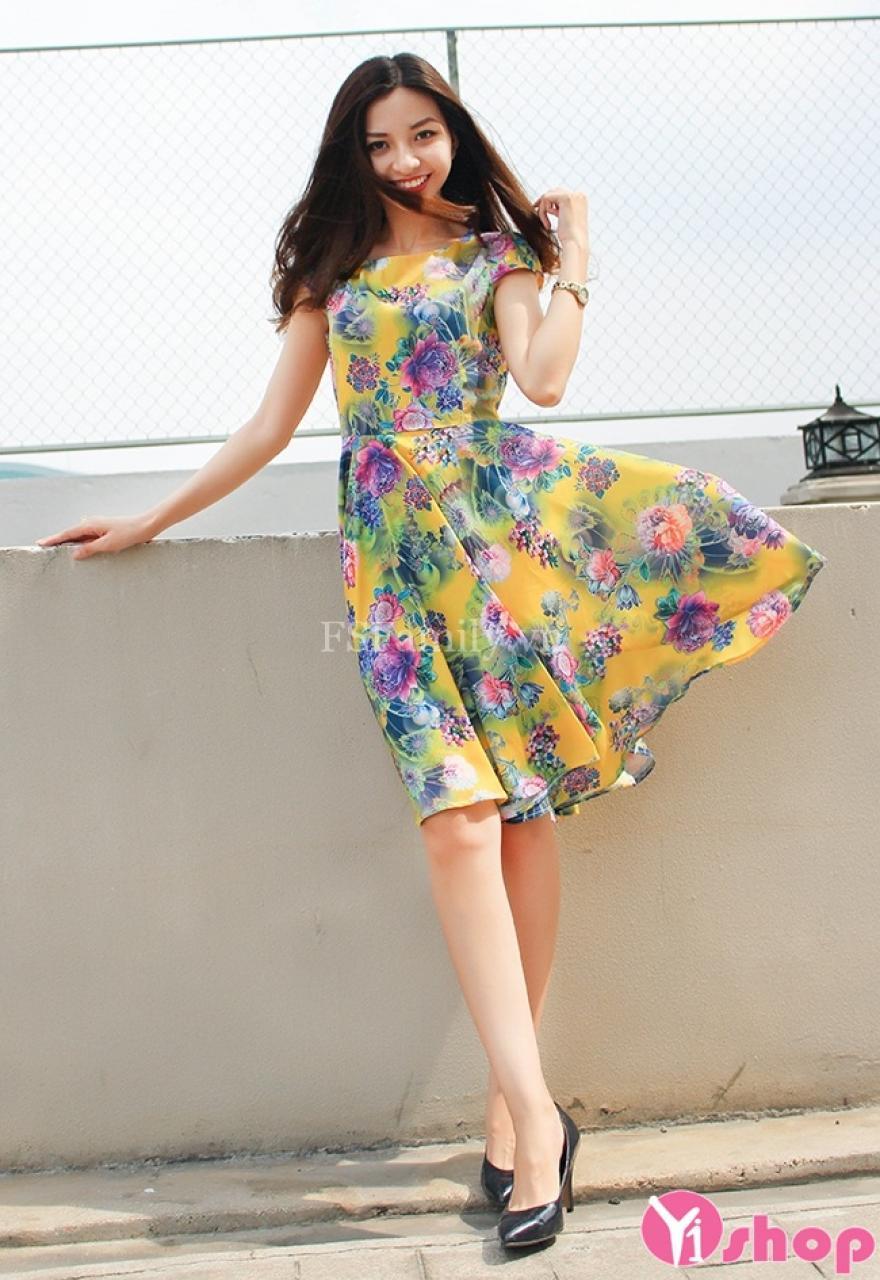 Váy đầm họa tiết đẹp kiểu Hàn Quốc thời trang hiện đại nổi bật hè 2021 - 2022