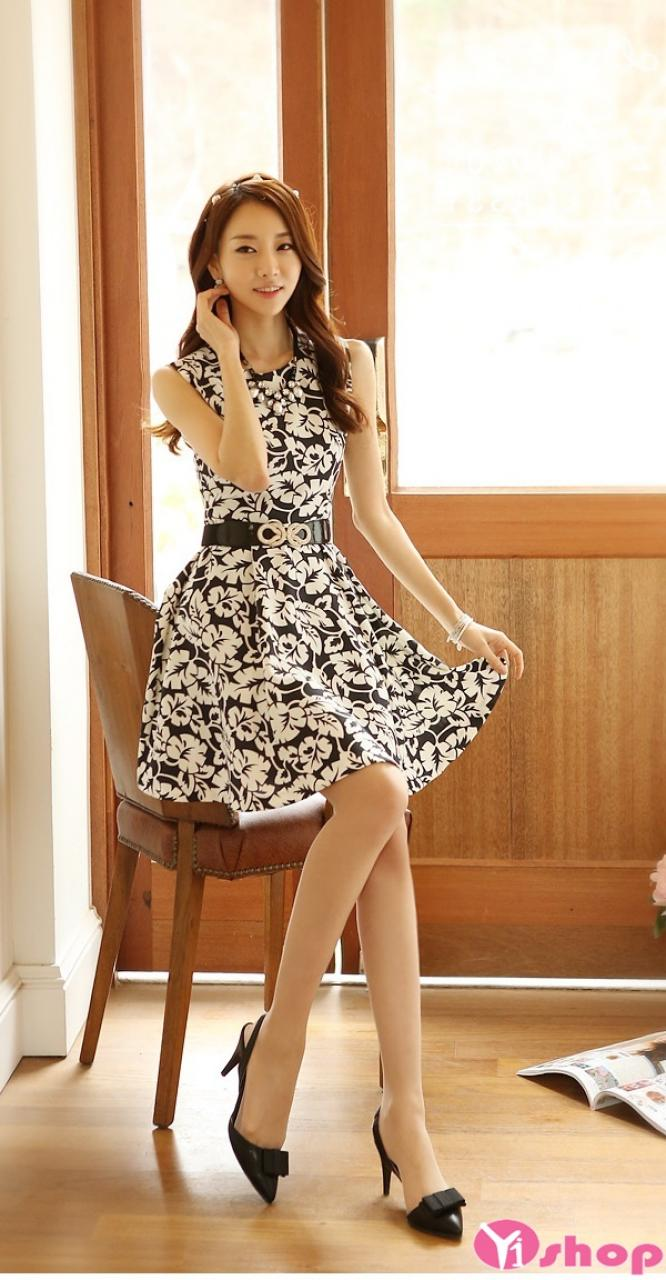 Váy đầm liền họa tiết đen trắng đẹp thời trang công sở Hàn Quốc hè 2021 - 2022