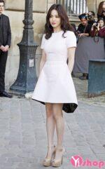 Váy đầm liền thân đơn sắc đẹp cho nàng ấn tượng như sao Hàn hè 2021 – 2022