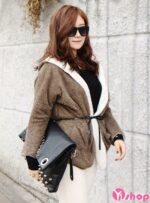 Xu hướng áo khoác nỉ nữ đẹp hợp thời trang Hàn Quốc thu đông 2021 – 2022