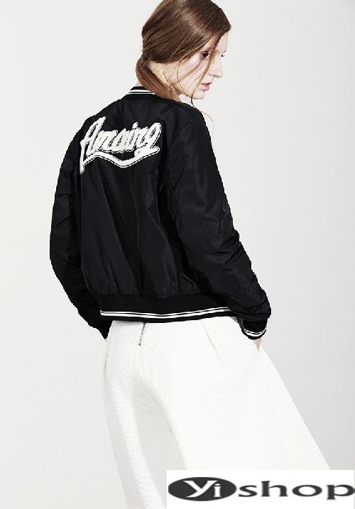 Xu hướng áo khoác nữ bomber jacket đẹp không thể chất hơn đông 2021 - 2022 phần 1