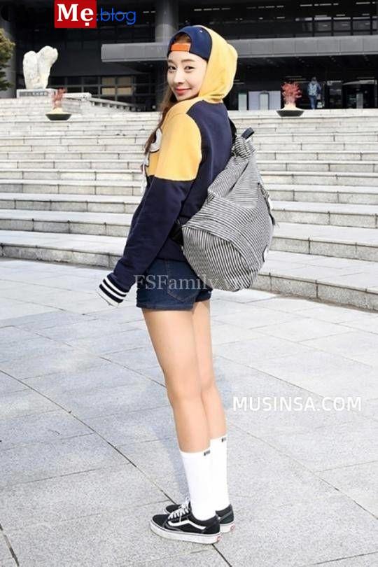 Xu hướng thời trang trên đông dưới hè 2021 - 2022 khiến giới trẻ của Âu lẫn Á đều mê đắm