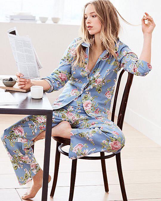 Kiểu đồ đẹp mặc ở nhà cho nữ mát mẻ lịch sự pijama lụa dài