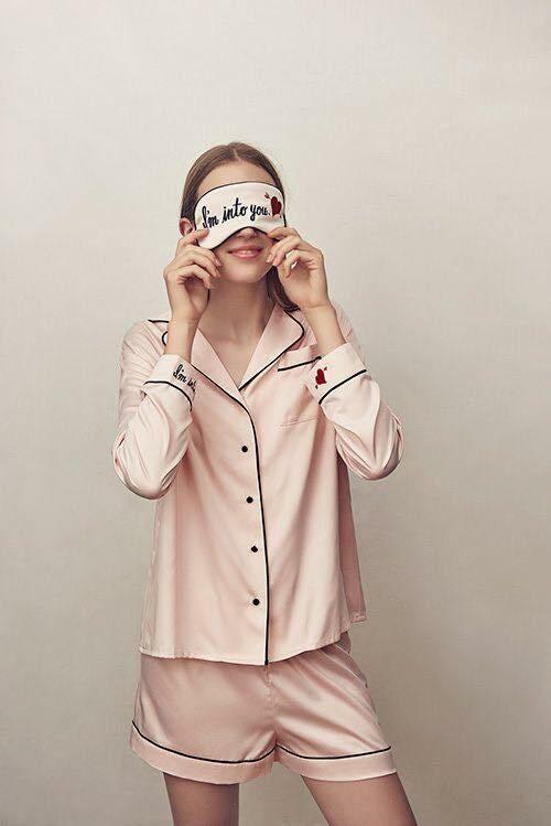 Kiểu đồ đẹp mặc ở nhà cho nữ mát mẻ lịch sự pijama lụa ngắn