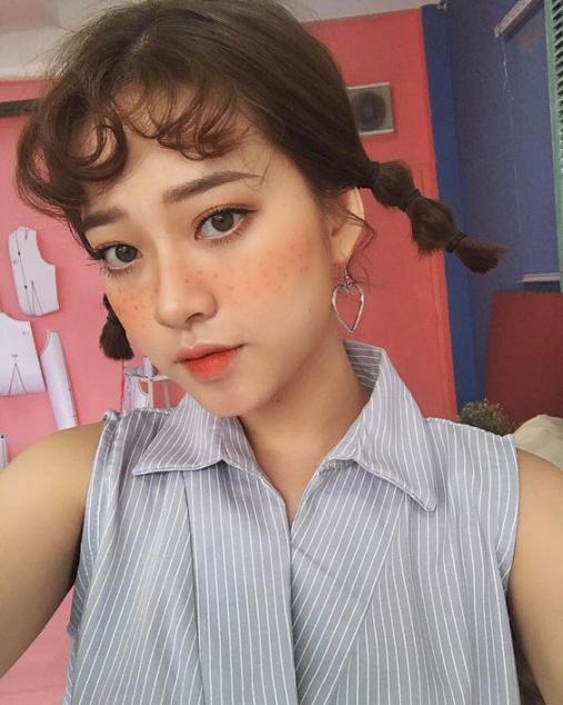 Các kiểu buộc tóc ngắn 2 bên sành điệu cho bạn gái hè 2021