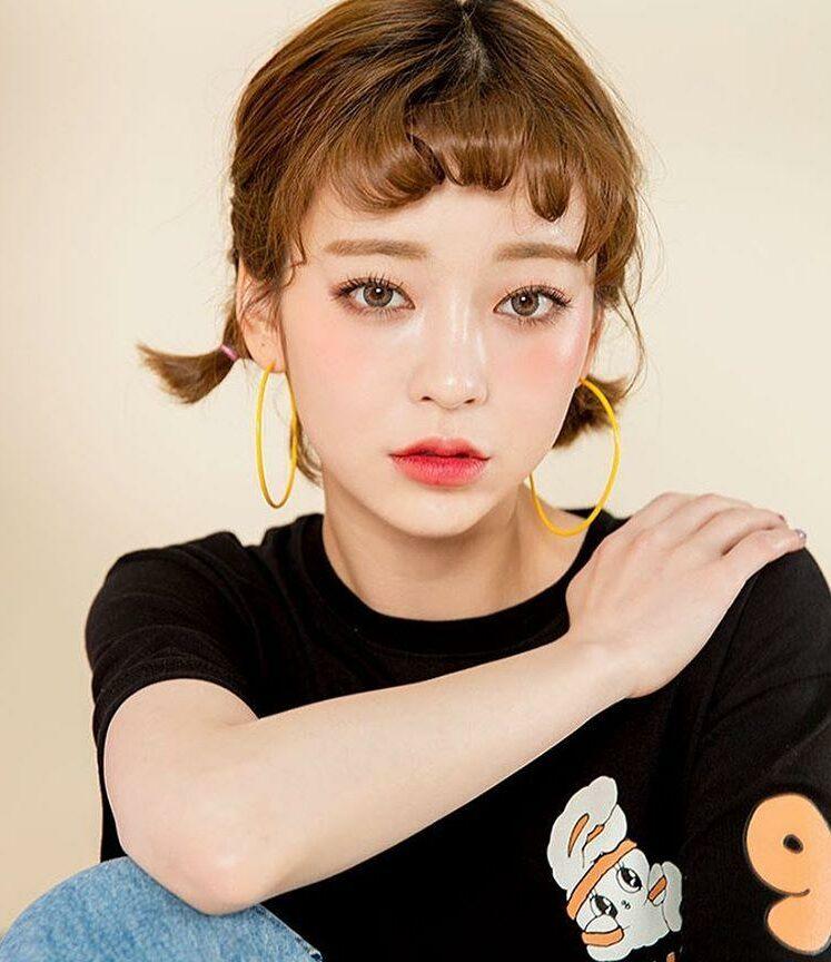 Các kiểu buộc tóc ngắn 2 bên sành điệu cho bạn gái hè 2021. Ảnh: Internet