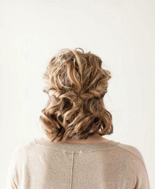 Tết tóc ngắn sành điệu cho bạn gái mùa hè. Ảnh: internet