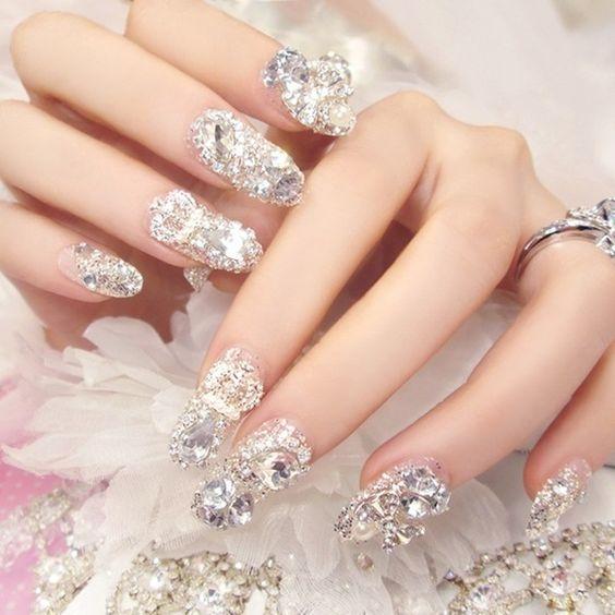 mẫu-nail-đẹp-đính-đá-đẹp-nhất