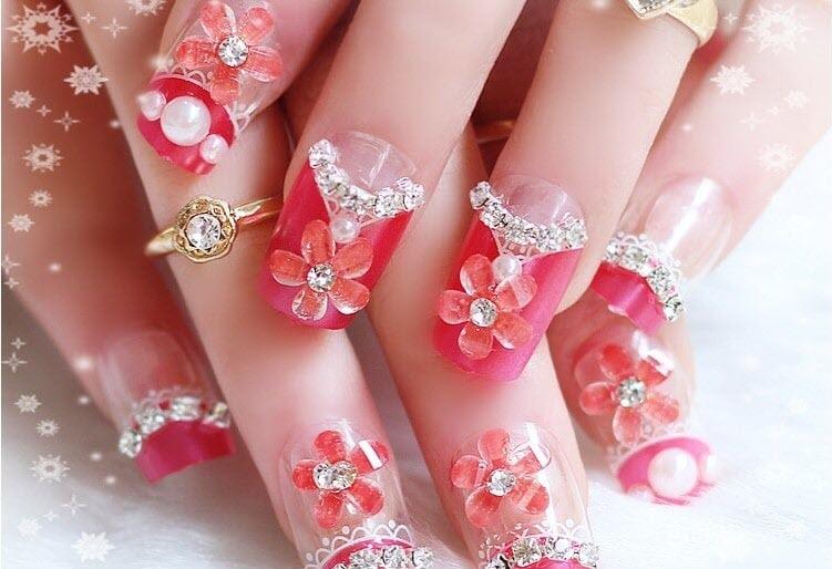 mẫu nail vẽ hoa nổi đính đá