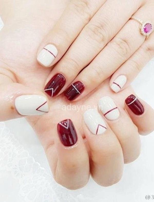 Nail tay màu đỏ trắng đơn giản mà đẹp