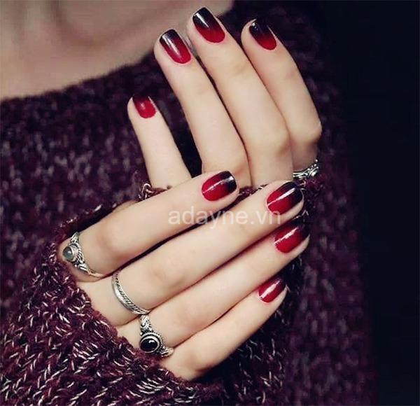 Nail tay ombre mày đỏ rượu