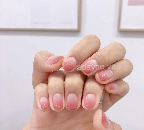 Ombre màu hồng - nhẹ nhàng nail đơn giản cho học sinh vô cùng hot hit