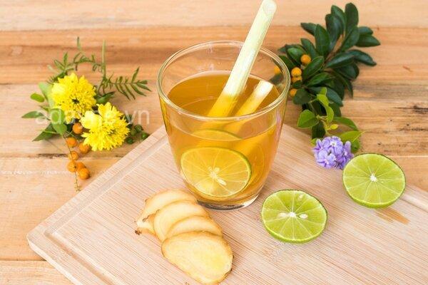 Nấu nước chanh sả gừng uống thường xuyên mang lại nhiều lợi ích cho cơ thể