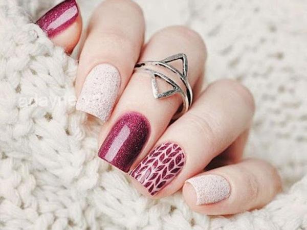 Đơn giản mẫu nail đẹp tông đỏ mix họa tiết, kim tuyến sáng tạo cho năm mới nhiều điều may