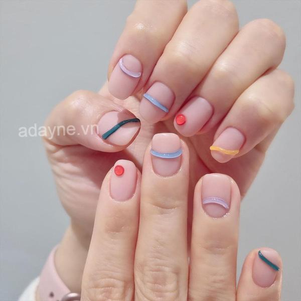 Đơn giản mẫu nail đẹp nhẹ nhàng thanh lịch