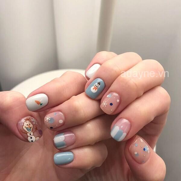 """Diện ngay bộ nail noel với tone màu pastel cực kỳ xinh yêu để đẹp hơn trong mắt """"crush"""" nhé"""