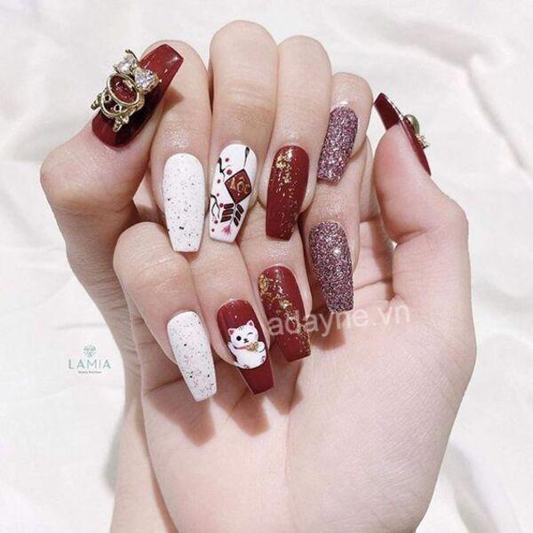 Top những mẫu nail Tết cực kỳ sành điệu
