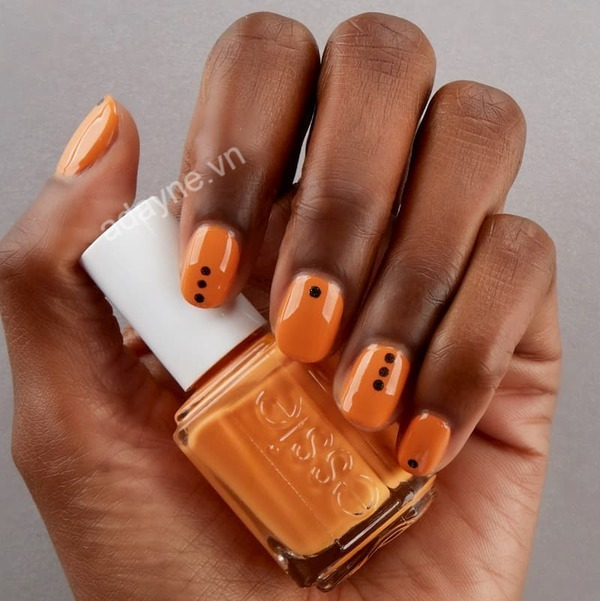 Mẫu nail đẹp đơn giản dành cho người da ngăm siêu sang chảnh, cá tính