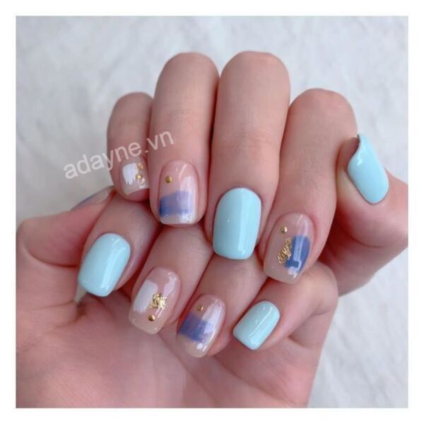 Mẫu nail đơn giản sang trọng tone xanh phong cách Hàn Quốc nữ tính