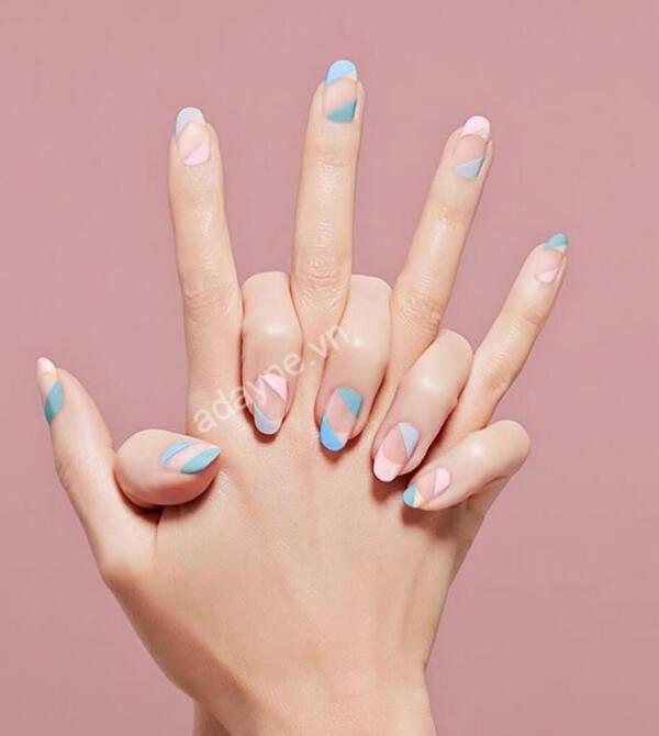 Màu nail tôn da tone pastel xanh hồng thanh lịch, độc đáo
