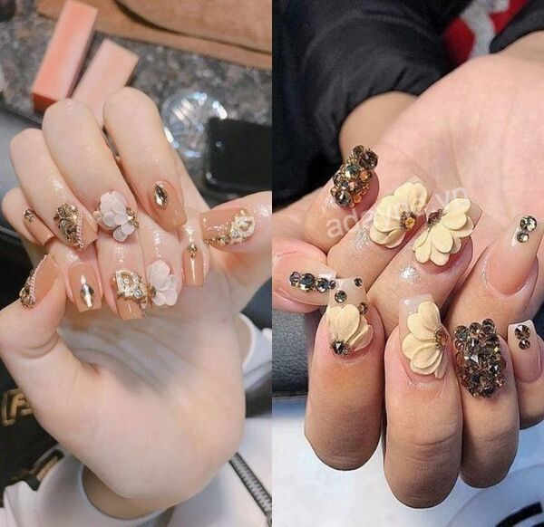 Mẫu nail vẽ hoa đơn giản tông nude sang chảnh dành cho cô dâu