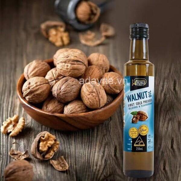 Dầu hạt óc chó Úc Walnut Oil được sản xuất bằng phương pháp ép lạnh truyền thống