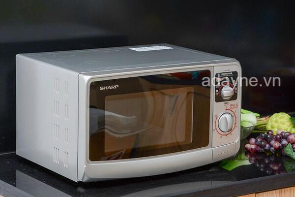 Sharp R-20A1(S)VN 22 lít sẽ là lựa chọn tối ưu để thay thế lò vi sóng không nóng