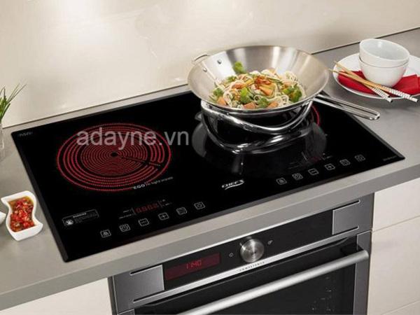 Bếp hồng ngoại không kén nồi đang được các bà nội trợ đánh giá cao và sử dụng rất phổ biến hiện nay.