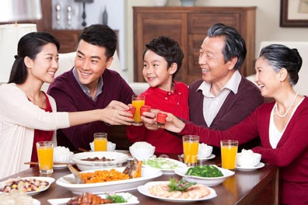 Nồi cơm điện nắp rời thường được dùng trong những gia đình đông người